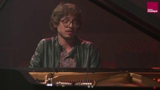 Domenico Scarlatti :  Sonate en do majeur (allegro) K. 242 (Lucas Debargue)