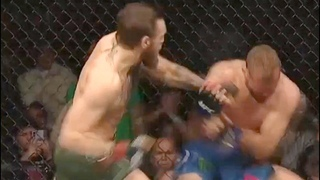 Полный бой Конор Макгрегор vs Дональд Серроне! Вид с зала