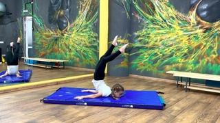 Гимнастический элемент на развитие гибкости спины. Дети 5-7 лет
