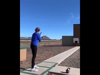 Дана Джо Вицци - американская девушка-стрелок, чемпионка мира 2017 г. и чемпионка США 2017 г. по стендовой стрельбе