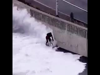 Триатлон. Когда слишком рано начал велоэтап !