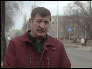 Губкинские депутаты обсудили ремонт дороги на ул. Раевского на встрече на объекте