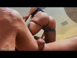 [Brazzers] Luna Star [porno hd porn брюнетк сиськ порн трах ебут девушк трахаю девочк молод ебл пизда кончил минет секс сосу чле