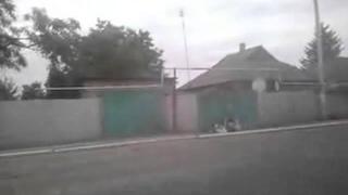 """Украина.Русские танки, САУ 2С1 """"Гвоздика"""" в Енакиево . Идут в сторону Донецка. Видео"""