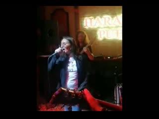 Трибьют Земфиры (группа ДРУГИЕ ЛЮДИ). Видео нарезка с концерта в Брянске (Харатс паб).