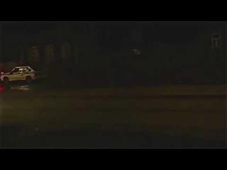 Сотрудника ДПС облили говном из ведра, залили прям на него в машине.