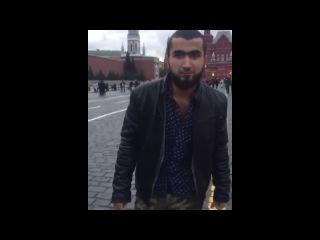 Таджики танцуют лезгинку на Красной Площади
