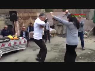 Незаменимый ТАНЕЦ ДЕВУШЕК на Деревенской Свадьбе. Дагестанская Свадьба