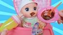 Куклы Пупсики Бэби Элайв Алиса/Интерактивная кукла завтракает и открываем киндер сюрприз/Зырики ТВ