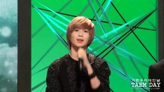 [full fancam] 101114 SHINee taemin - Hello acoustic ver. @ Beauty concert