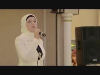 []Чеченская девушка поёт на русском языке Красивая песня