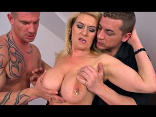 ПОРНО -- ЕЙ 49 -- ОЧЕНЬ ЗРЕЛАЯ ХИЩНИЦА ТРАХАЕТСЯ СО ВСЕМИ -- мжм -- milf porn sex mature --  Marina Rene
