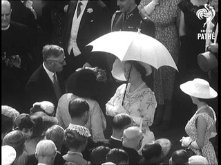 Selected Originals - The Queen Gives A Party Aka Queen Gives Garden Party (1955)