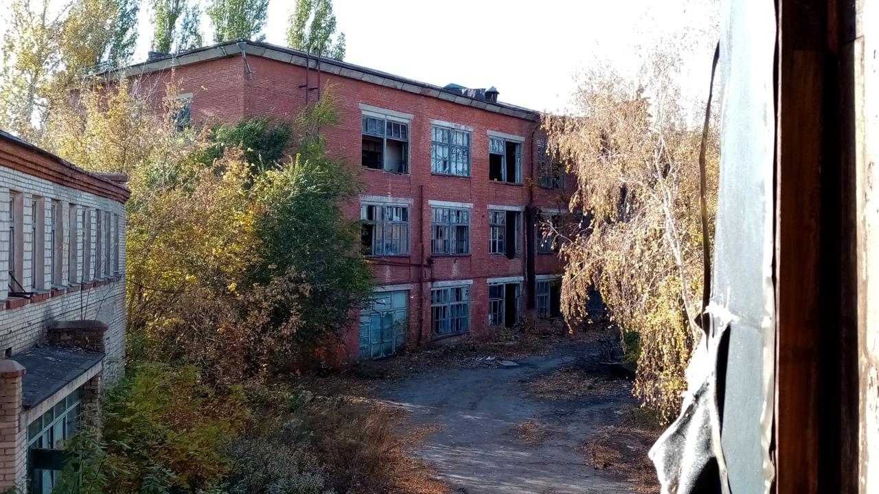 Электроламповый завод