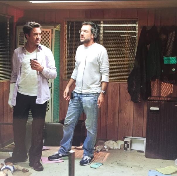Роберт Дауни-младший и Тодд Филлипс на съёмках комедии «Впритык»
