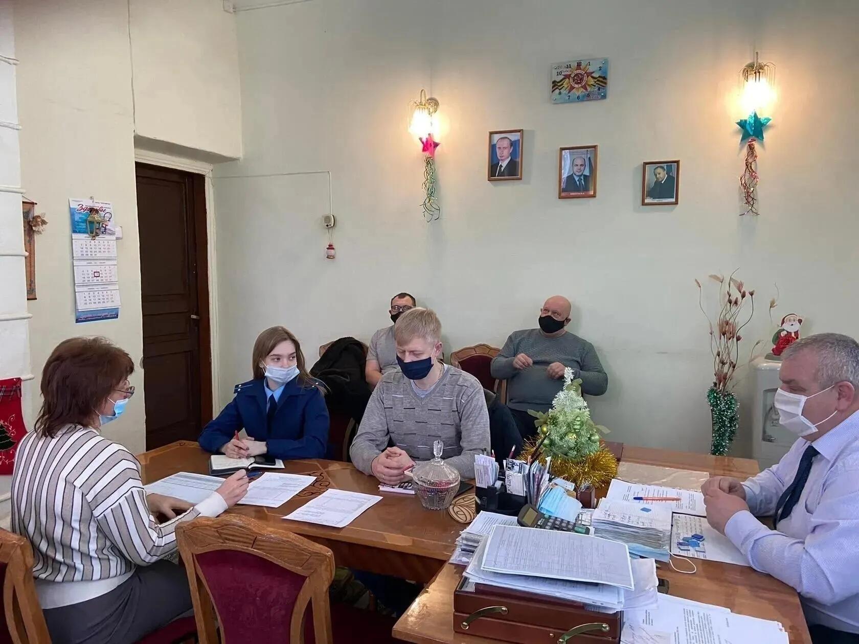 Руководство теплоснабжающих организаций Петровска обсудило ситуацию с погашением долгов за газ
