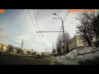 Томск, перекресток Пушкина — Яковлева. Кто был бы виноват в случае ДТП?