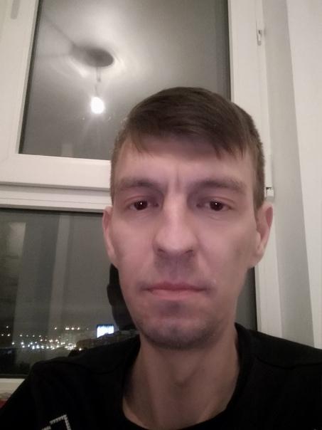 Дима Деревянный, 80 лет