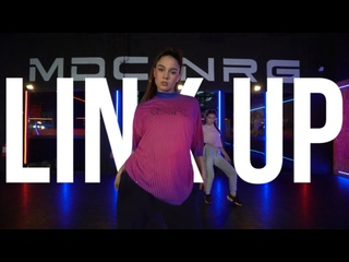 LINK UP // YOUNG AND DUMB // ТАСЯ БОРИСОВА // Girly Hip-Hop