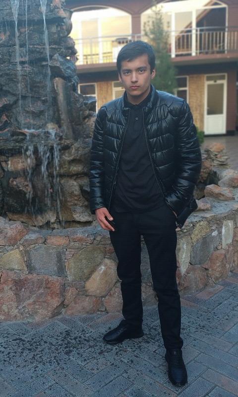 Фаррух, 20, Khujand