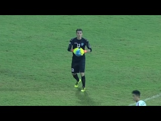 Впервые в истории вратарь сборной Узбекистана забил гол ударом от своих ворот