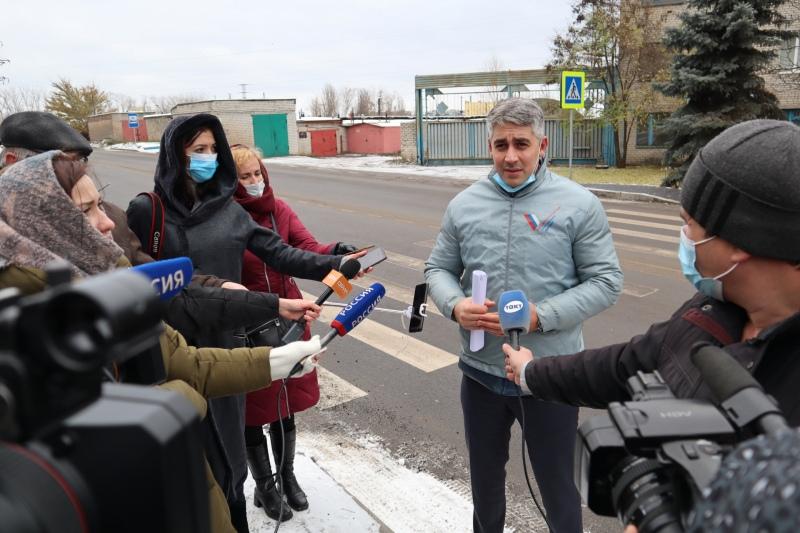 В Курске общественники проверили качество дорог, отремонтированных благодаря нацпроекту, изображение №3