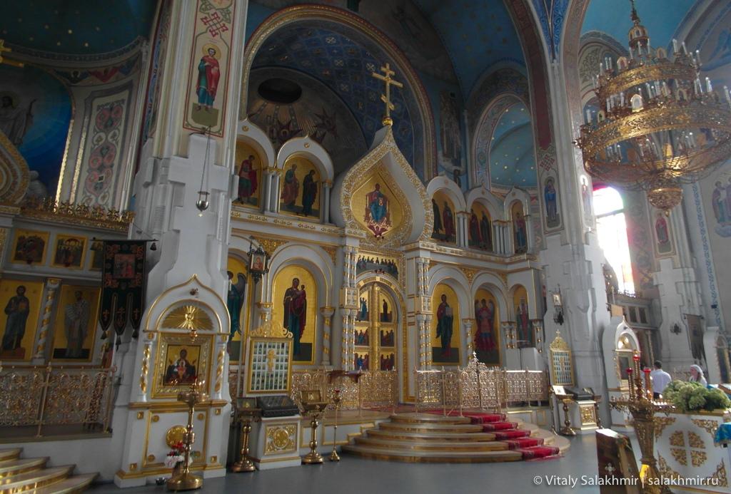Покровский собор в Гатчине изнутри 2020