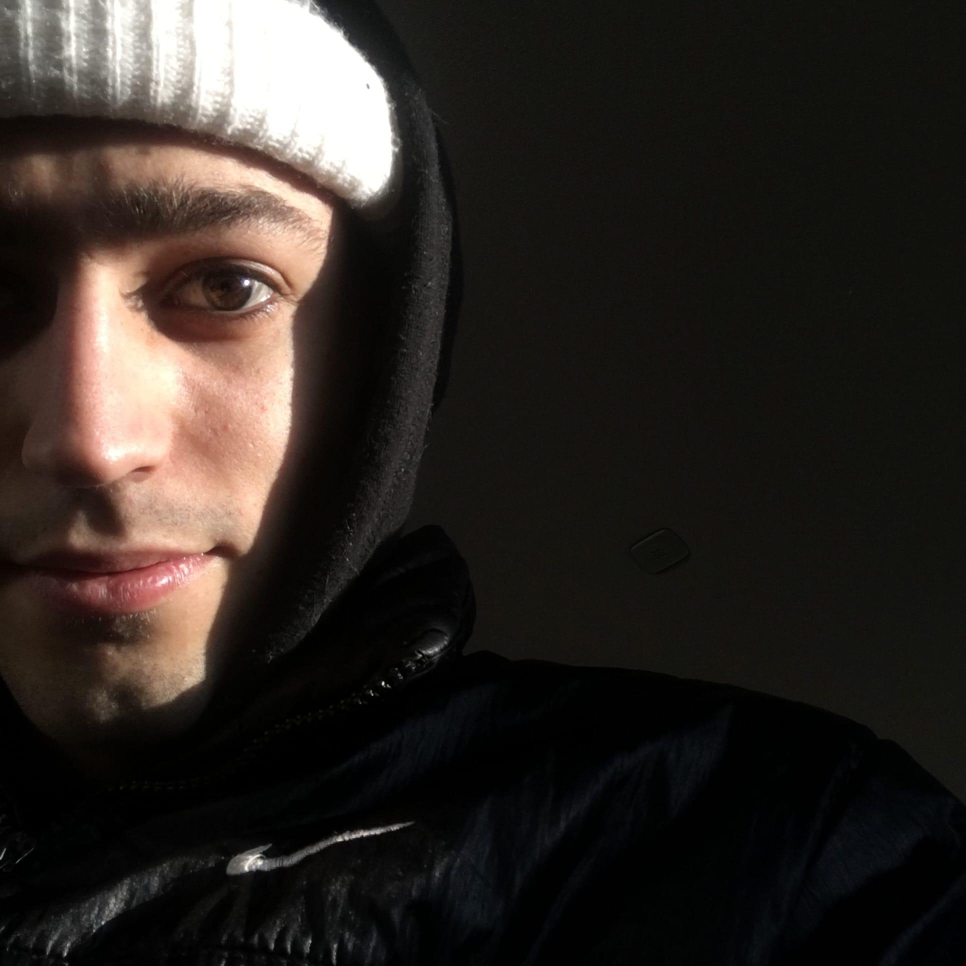 Али, 21, Shakhty