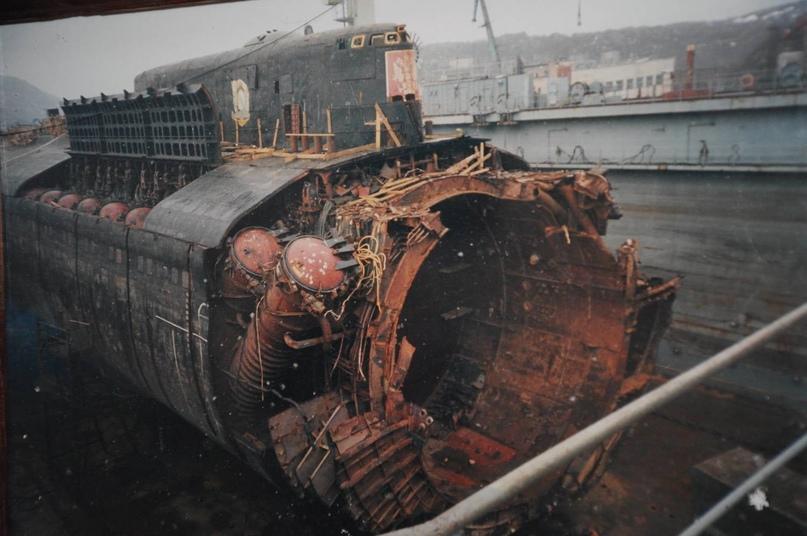 12 августа 2000 года во время самого крупного учения ВМФ России на глазах у всех...