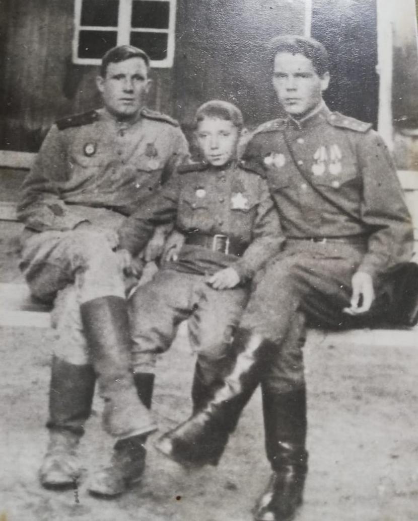 На фронте. Сын полка Леомарк Невядомский