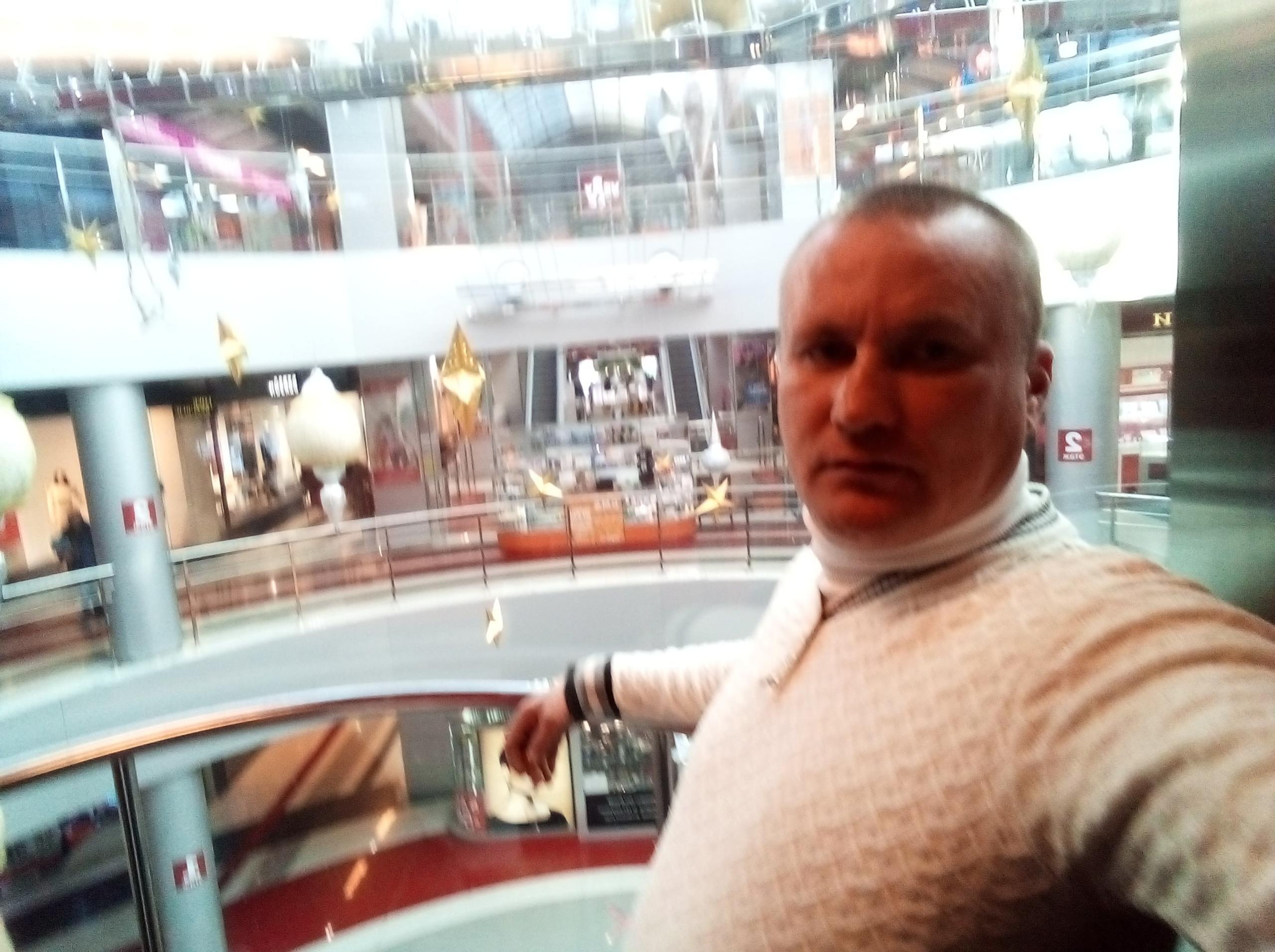 Дмитрий, 41, Igra