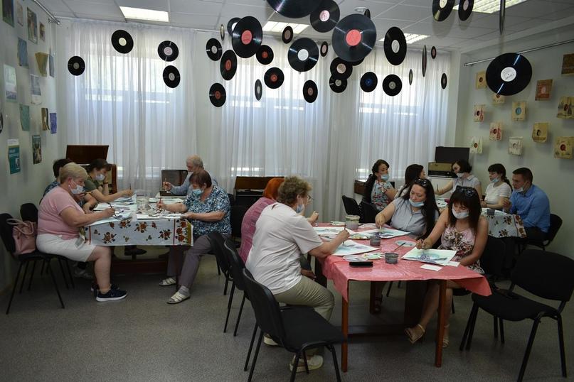 18 мая «Оранжевое Чудо» провело мастер-класс по арт-педагогике, изображение №1