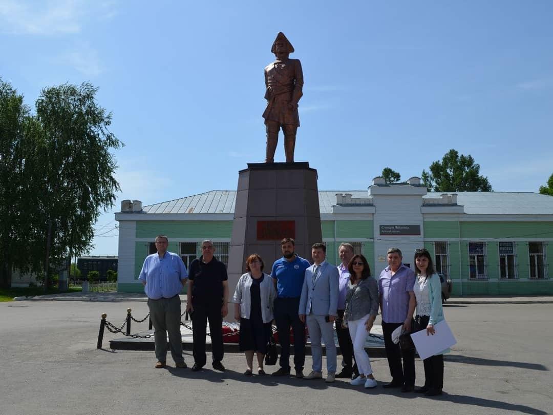 Сегодня Петровск посетили музейные работники - участники региональной пленарной сессии, посвящённой подготовке к предстоящему 350-летию со дня рождения императора Петра I