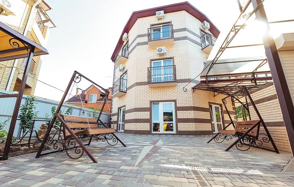 Отель гостиный дворик Ейск