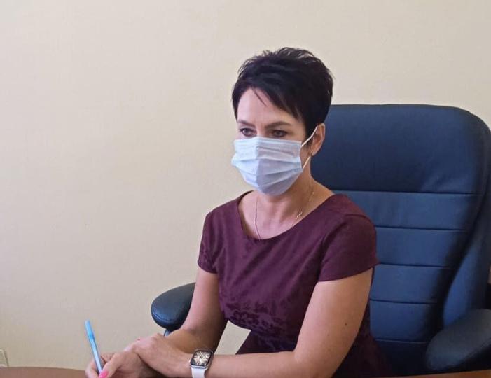 Руководитель общественной приёмной губернатора в Петровском районе провела очередной приём жителей