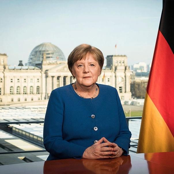 Канцлер Германии - Ангела Меркель покинула свой по...