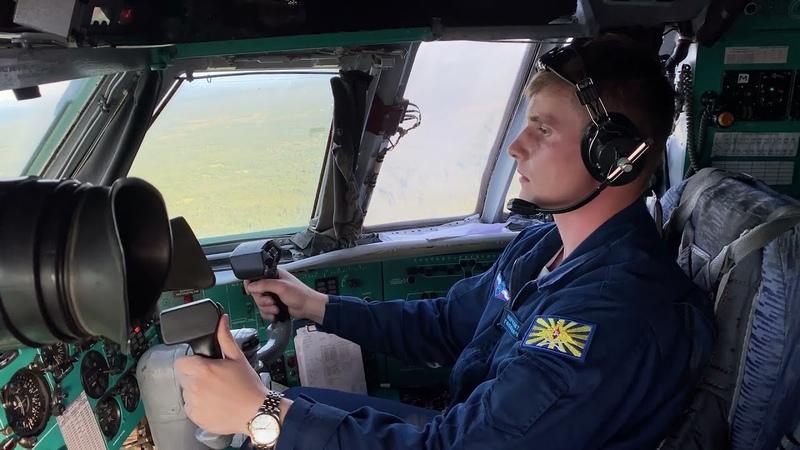 Курсанты КВВАУЛ за штурвалом Ил 76 в ходе летной практики в Псковской области