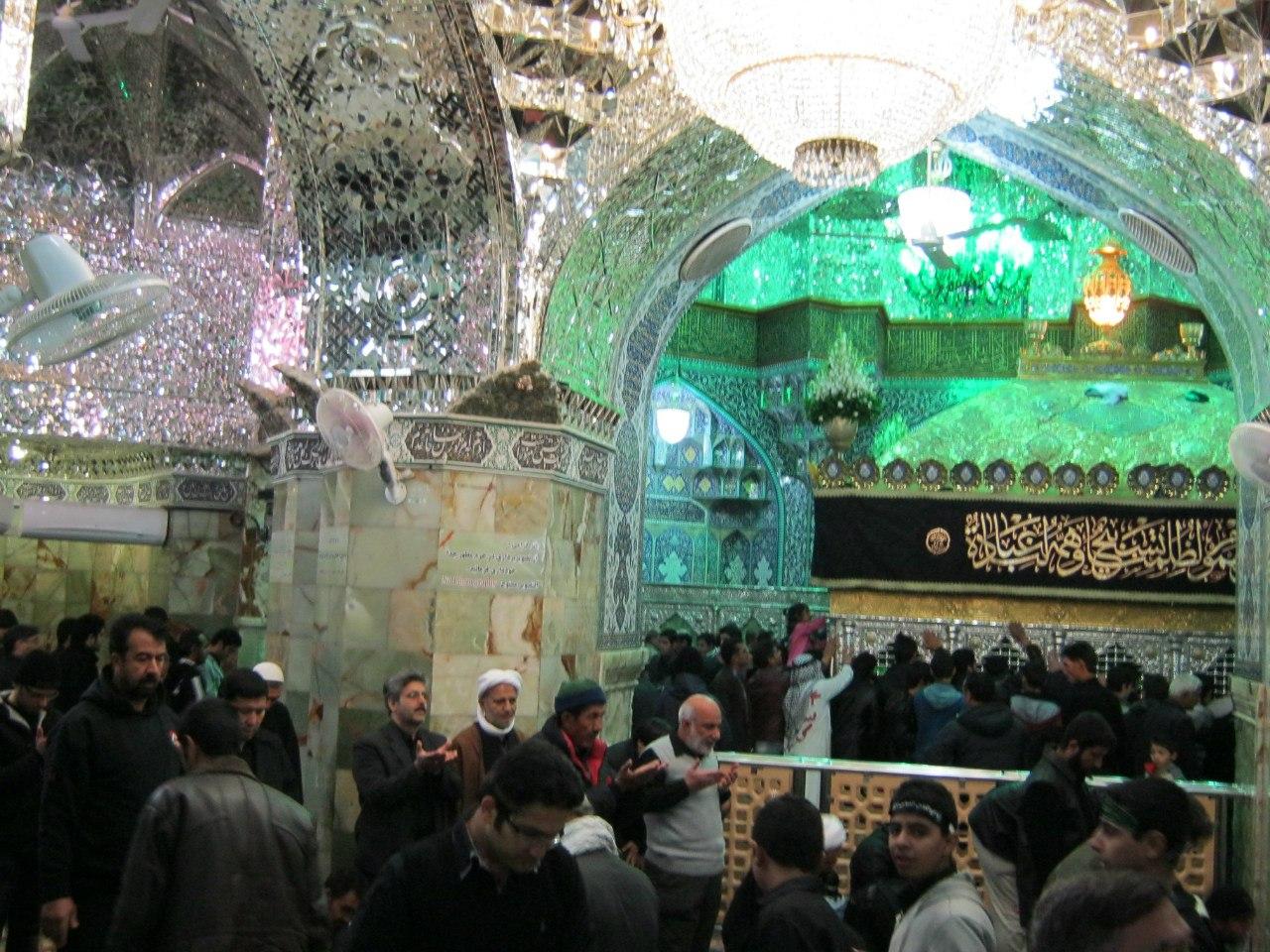 Гробница Фатимы в Куме